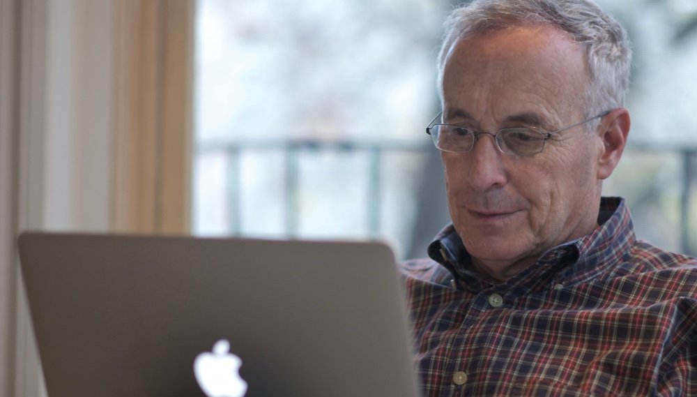 Kotlikoff on his laptop